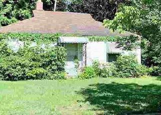 Short Sale in Memphis 38108 HELSLEY RD - Property ID: 6335648339