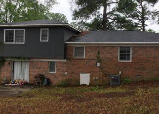 Short Sale in Fayetteville 28303 SUNDOWN DR - Property ID: 6335746895