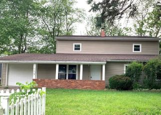 Short Sale in Yorktown 47396 S LINDELL DR - Property ID: 6335781934