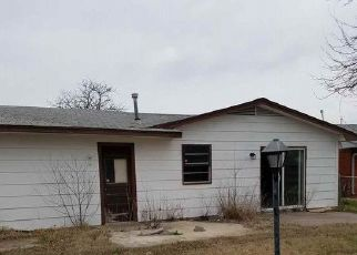 Short Sale in Lawton 73505 NW LINDY AVE - Property ID: 6335877850