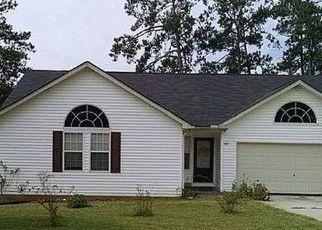 Short Sale in Douglasville 30134 LAKE CREST WAY - Property ID: 6335922962
