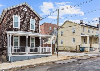 Short Sale in Baltimore 21211 W 36TH ST - Property ID: 6335955359
