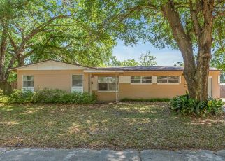 Short Sale in Jacksonville 32211 BURLINGAME DR W - Property ID: 6336079298