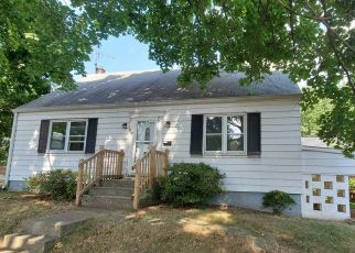 Short Sale in Highspire 17034 CHESTNUT ST - Property ID: 6336174340
