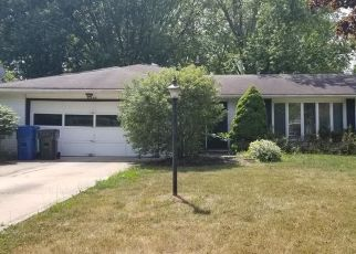 Short Sale in North Olmsted 44070 CHADBOURNE DR - Property ID: 6336356546