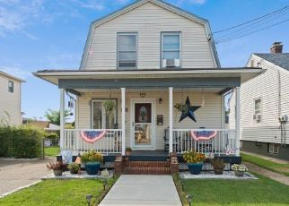 Short Sale in Perth Amboy 08861 CARSON AVE - Property ID: 6336393780