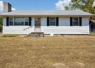 Short Sale in Kirbyville 65679 E STATE HIGHWAY 76 - Property ID: 6336403854