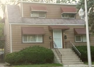 Short Sale in Chicago 60617 S HOUSTON AVE - Property ID: 6336405152