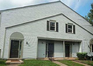 Short Sale in Manassas 20109 BELLE GRAE DR - Property ID: 6336424429