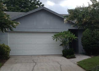 Short Sale in Lakeland 33801 HONEYCOMB LN - Property ID: 6336462984