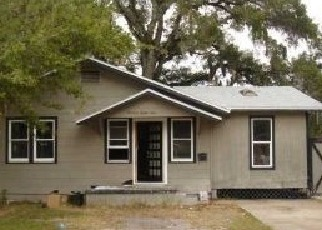 Short Sale in Clearwater 33755 LAURA ST - Property ID: 6336465153