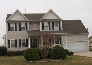 Short Sale in Elizabeth City 27909 BIRDIE LN - Property ID: 6336561965