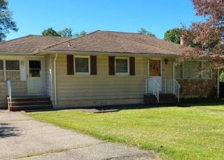 Short Sale in Ledgewood 07852 OLD TRAVELED WAY - Property ID: 6336601367