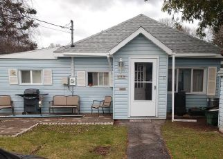 Short Sale in Schenectady 12302 N HOLMES ST - Property ID: 6336614513