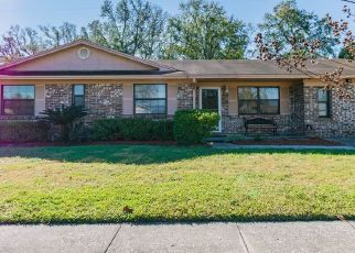 Short Sale in Jacksonville 32221 CANTON DR - Property ID: 6336660946