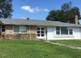 Short Sale in Essex 21221 N MARLYN AVE - Property ID: 6336689400