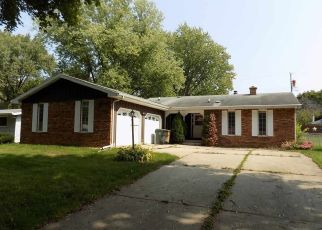 Short Sale in Madison 53714 REDLAND DR - Property ID: 6336771300