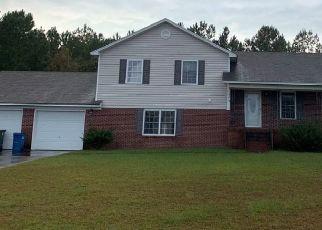 Short Sale in Fayetteville 28314 BATH LN - Property ID: 6336795840