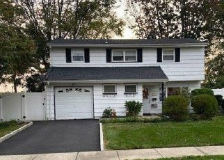 Short Sale in Old Bridge 08857 CAROLE PL - Property ID: 6336798461