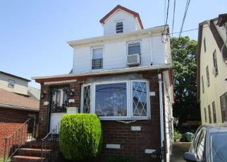 Short Sale in Saint Albans 11412 197TH ST - Property ID: 6336882550