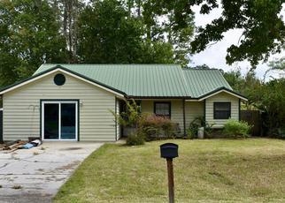 Short Sale in Middleburg 32068 KILLARN CIR - Property ID: 6336900958