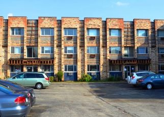 Short Sale in Chicago 60656 W FOSTER AVE - Property ID: 6336969265