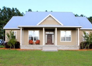 Short Sale in High Springs 32643 NW 188TH ST - Property ID: 6337026648