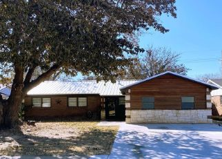 Short Sale in Lubbock 79414 46TH ST - Property ID: 6337039794
