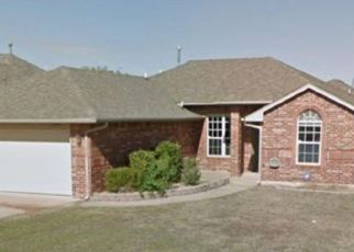 Short Sale in Yukon 73099 SW 12TH ST - Property ID: 6337053355