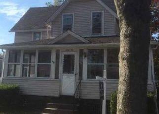 Short Sale in Springfield 01104 EDDY ST - Property ID: 6337062107