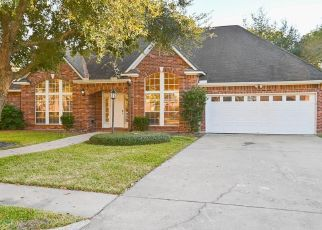 Short Sale in Baytown 77521 SAVELL DR - Property ID: 6337088844