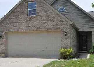 Short Sale in Greenwood 46143 THORNWOOD DR - Property ID: 6337229873