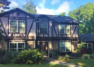 Short Sale in Jacksonville 32225 FORT CAROLINE RD - Property ID: 6337301698