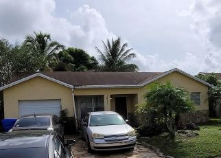 Short Sale in Pompano Beach 33068 SW 86TH AVE - Property ID: 6337303441