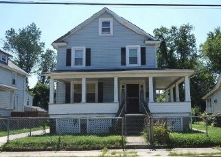 Short Sale in Baltimore 21215 W ROGERS AVE - Property ID: 6337368706