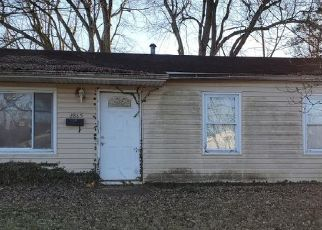 Short Sale in Cincinnati 45251 HYANNIS DR - Property ID: 6337380979