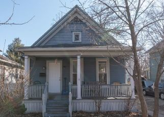 Short Sale in Elgin 60120 S LIBERTY ST - Property ID: 6337443145