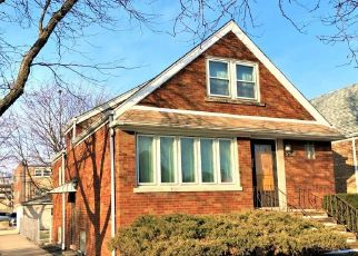 Short Sale in Chicago 60629 S KOLMAR AVE - Property ID: 6337556144