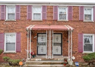 Short Sale in Chicago 60617 E 96TH ST - Property ID: 6337578940