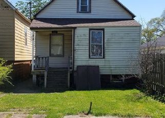 Short Sale in Calumet City 60409 156TH ST - Property ID: 6337603452