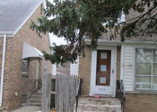 Short Sale in Calumet City 60409 FOREST AVE - Property ID: 6337605648