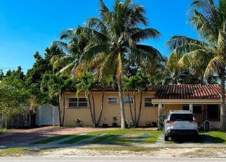 Short Sale in Miami 33155 SW 79TH AVE - Property ID: 6338141735
