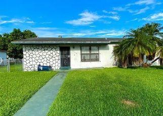 Short Sale in Miami 33176 SW 104TH CT - Property ID: 6338143481