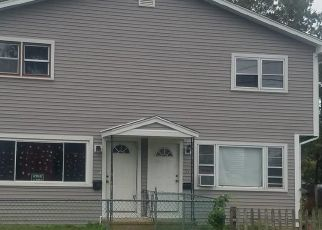 Short Sale in Stratford 06615 WOODEND RD - Property ID: 6338286703