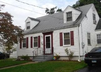 Short Sale in Hamden 06514 SUNSET RD - Property ID: 6338304656