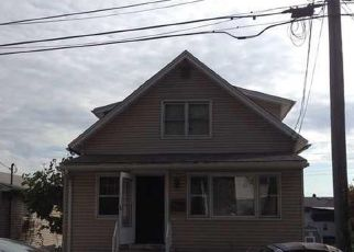 Short Sale in New Haven 06513 BURWELL ST - Property ID: 6338334434