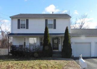 Short Sale in Johnston 02919 OAK HILL DR - Property ID: 6338422916