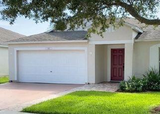 Short Sale in Vero Beach 32960 W 13TH SQ - Property ID: 6338436931