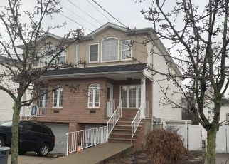 Short Sale in Staten Island 10312 BENSON ST - Property ID: 6338449172