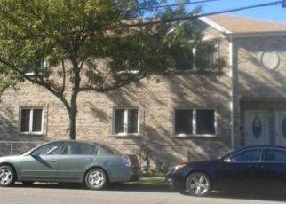 Short Sale in Bronx 10465 LONGSTREET AVE - Property ID: 6338545539